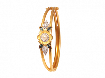 Floral Design Kada With Pearl